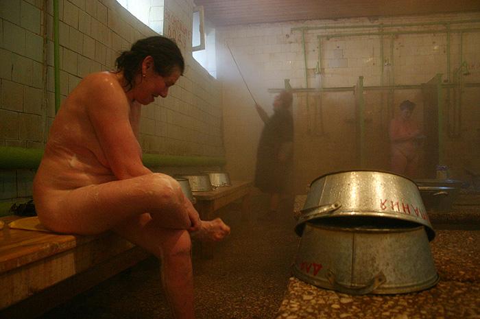 Онлайн видео женская баня