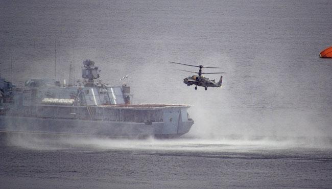 КА-52 «Аллигатор» над Кольским заливом: