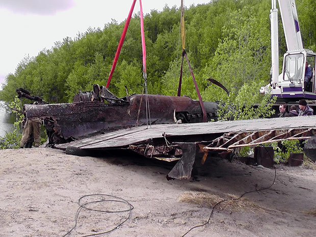 Ил-2 поднят из озера Кривое (Сафоново 1, Мурманская область)