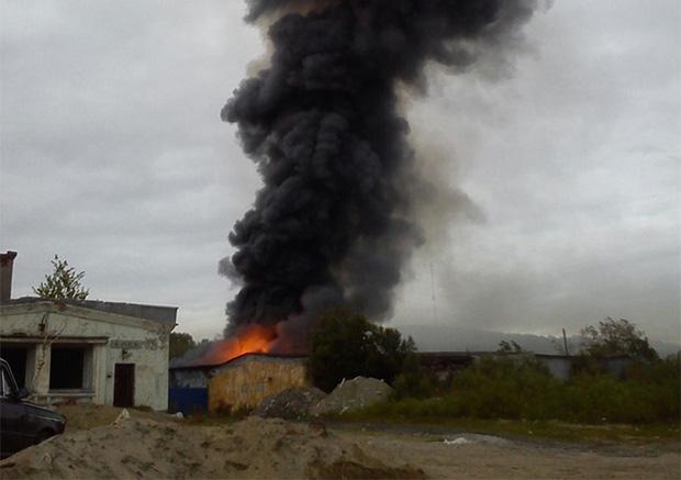 В Ура-губе сгорел цех «Русского моря»