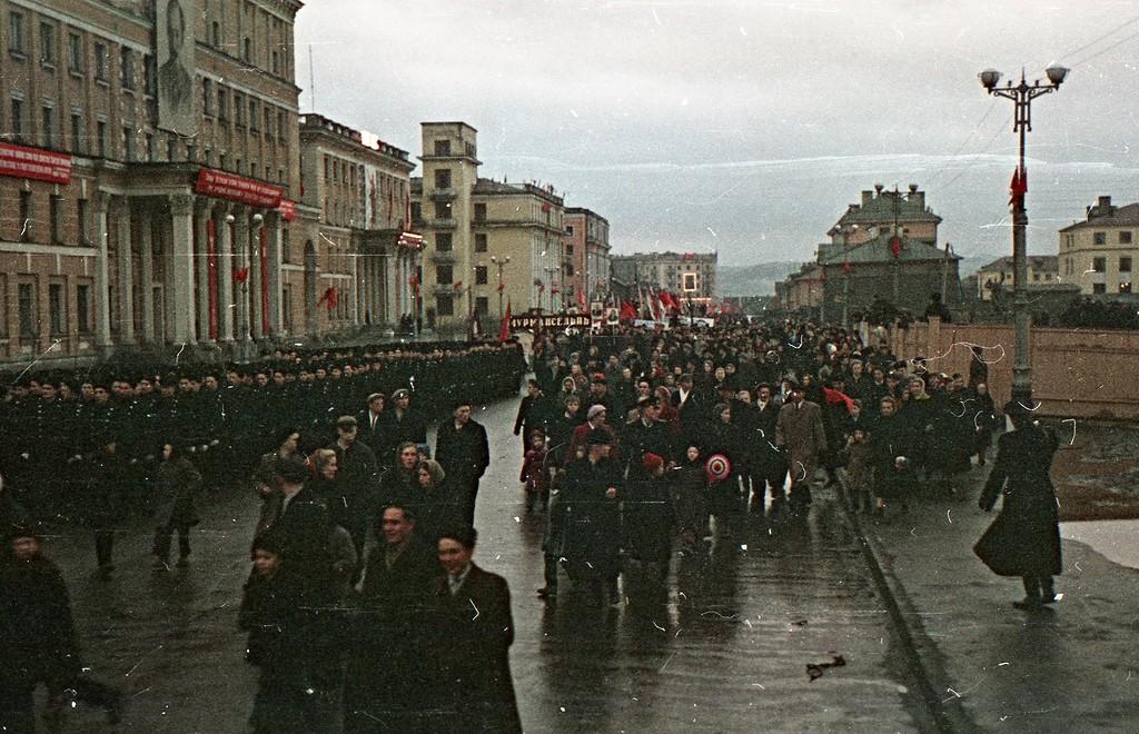 Цветные фото Мурманска советские годы